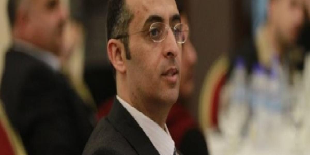 محمود خويص ( مدرّب متخصّص في الكتابة الاحترافية)